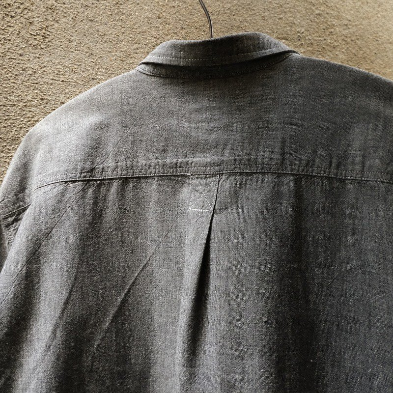 OLD GAP BLACK CHAMBRAY SHIRT