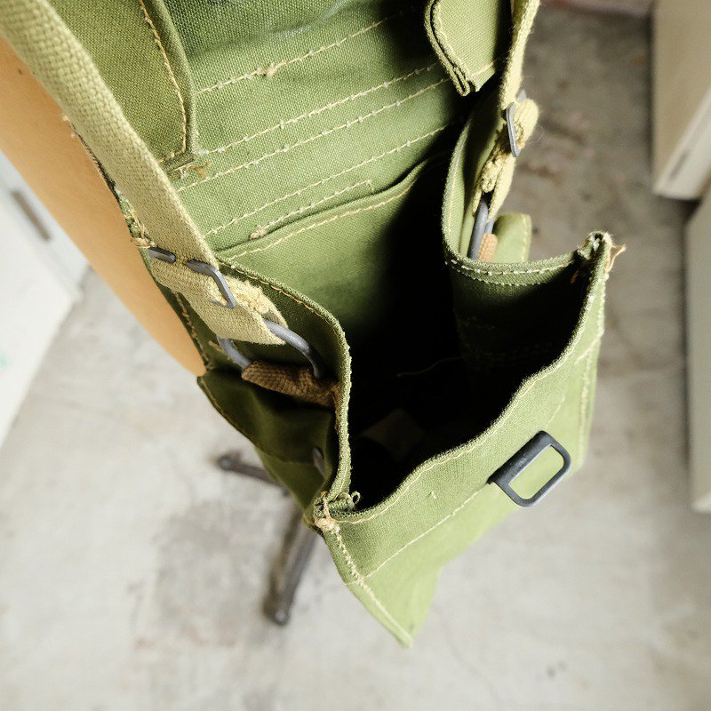 WW2 MILITARY SHOULDER BAG(DEAD STOCK)
