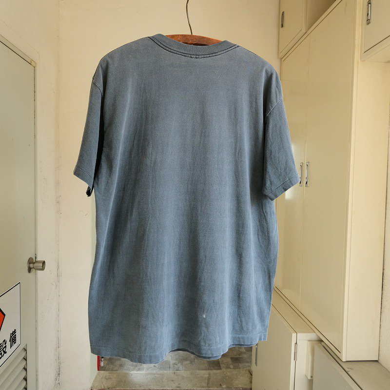 LEVI'S BUTTON YOUR FLY T-SHIRT