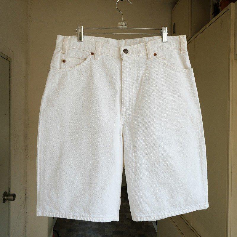 LEVI'S 550 WHITE DENIM SHORTS
