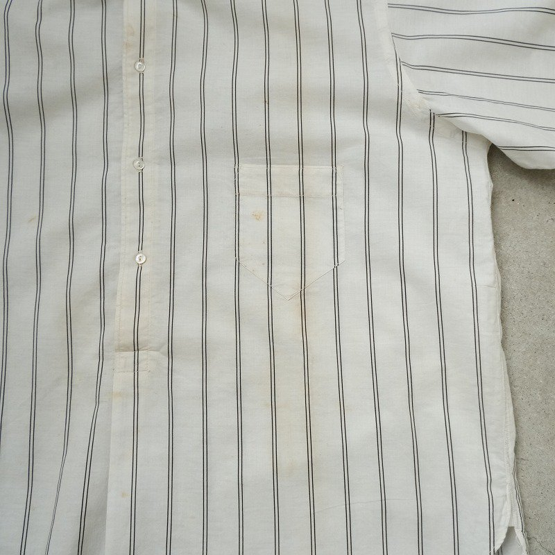 UNITED TEXTILE CO. PULLOVER DRESS SHIRT