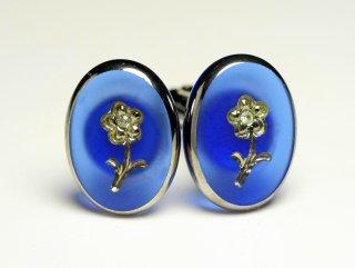 袖先に一輪の花を咲かせてくれるカフスボタン Premium 077