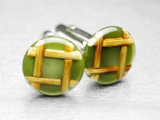 デザインも色も差別化出来る貴重な薄緑色のカフスボタン Modern 026