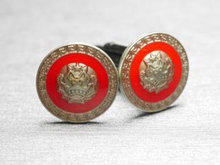 鮮やかな赤がビジネスを加速してくれるカフスボタン Metal 035