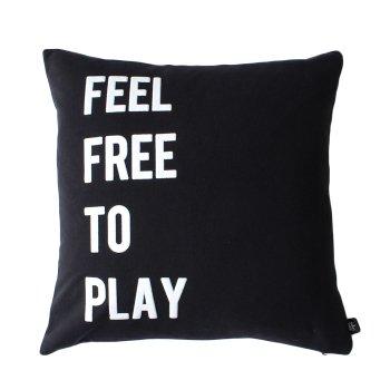 【クッションカバー】FEEL FREE TO PLAY クッションカバー