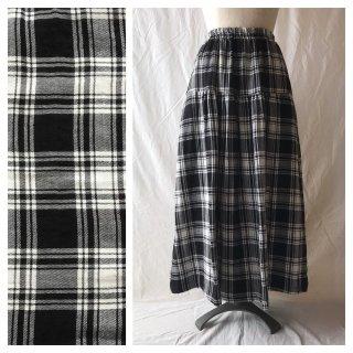 かわいいチェックのティアードスカート(タータンチェック:ブラック)