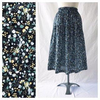 75cm丈:涼しく過ごすためのティアードスカート(花と小鳥:ネイビー)
