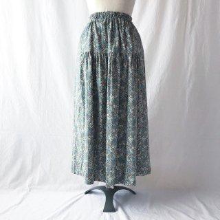 花模様をまとう細コーデュロイのティアードスカート(小花レトロ:ペパミント)