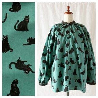 黒猫のスタンドカラーブラウス(長袖:ミント)