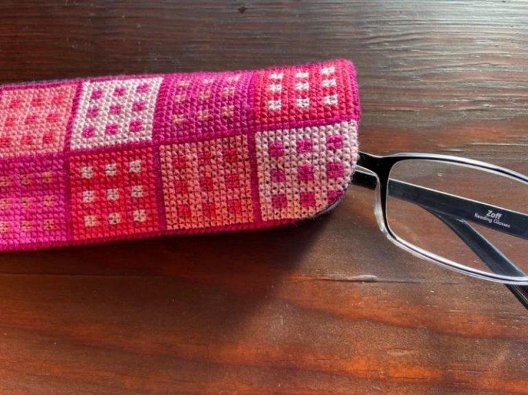 刺繍グラスケース(ピンクドット)