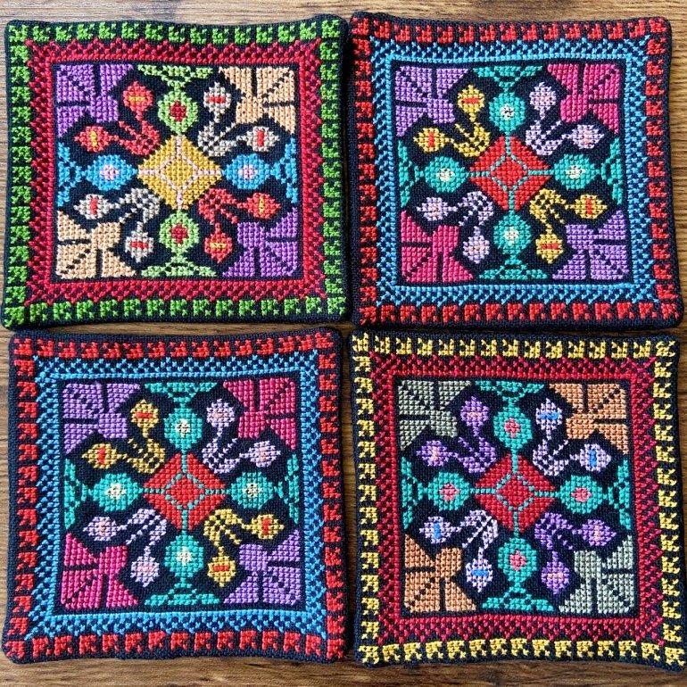 華刺繍コースター(黄緑・黄色・赤)