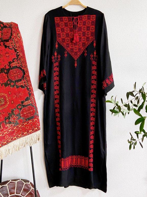 【先行支援】パレスチナ刺繍伝統衣裳(black)