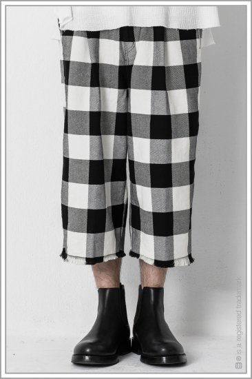 """WIDE TROUSERS """"b.c""""<br>【Off】"""
