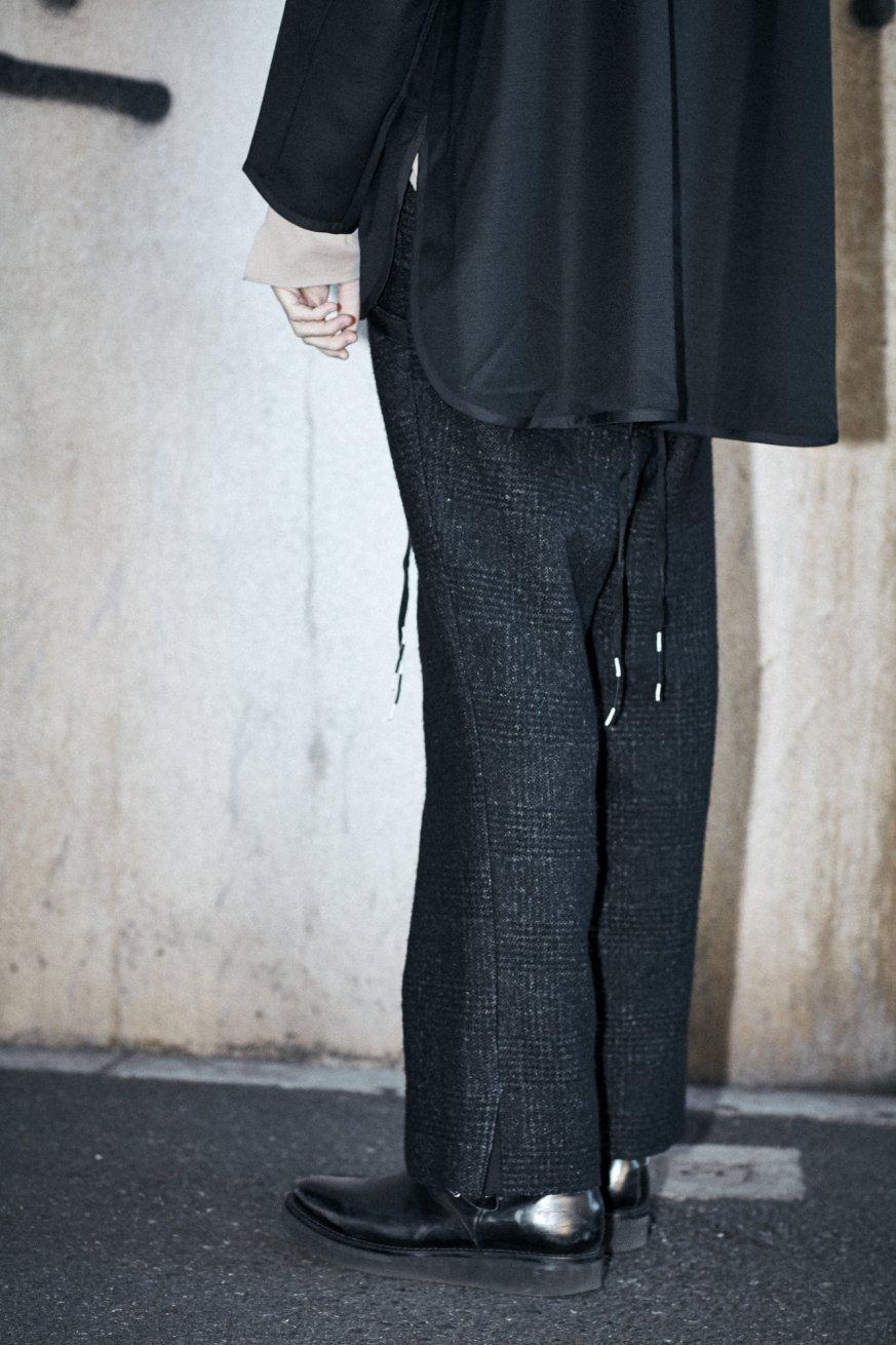 RIBON SLIT TROUSERS【Black】