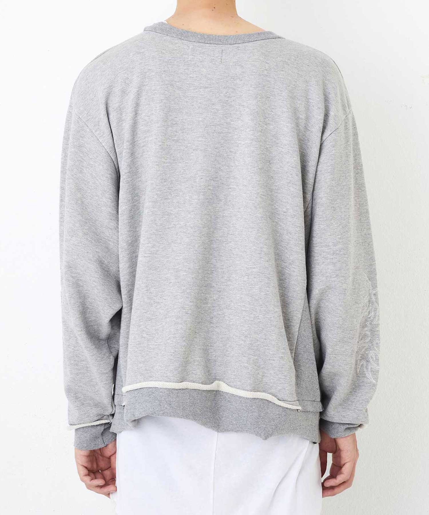 "WIDE C.NECK ""EMBROIDERY""【Gray】"