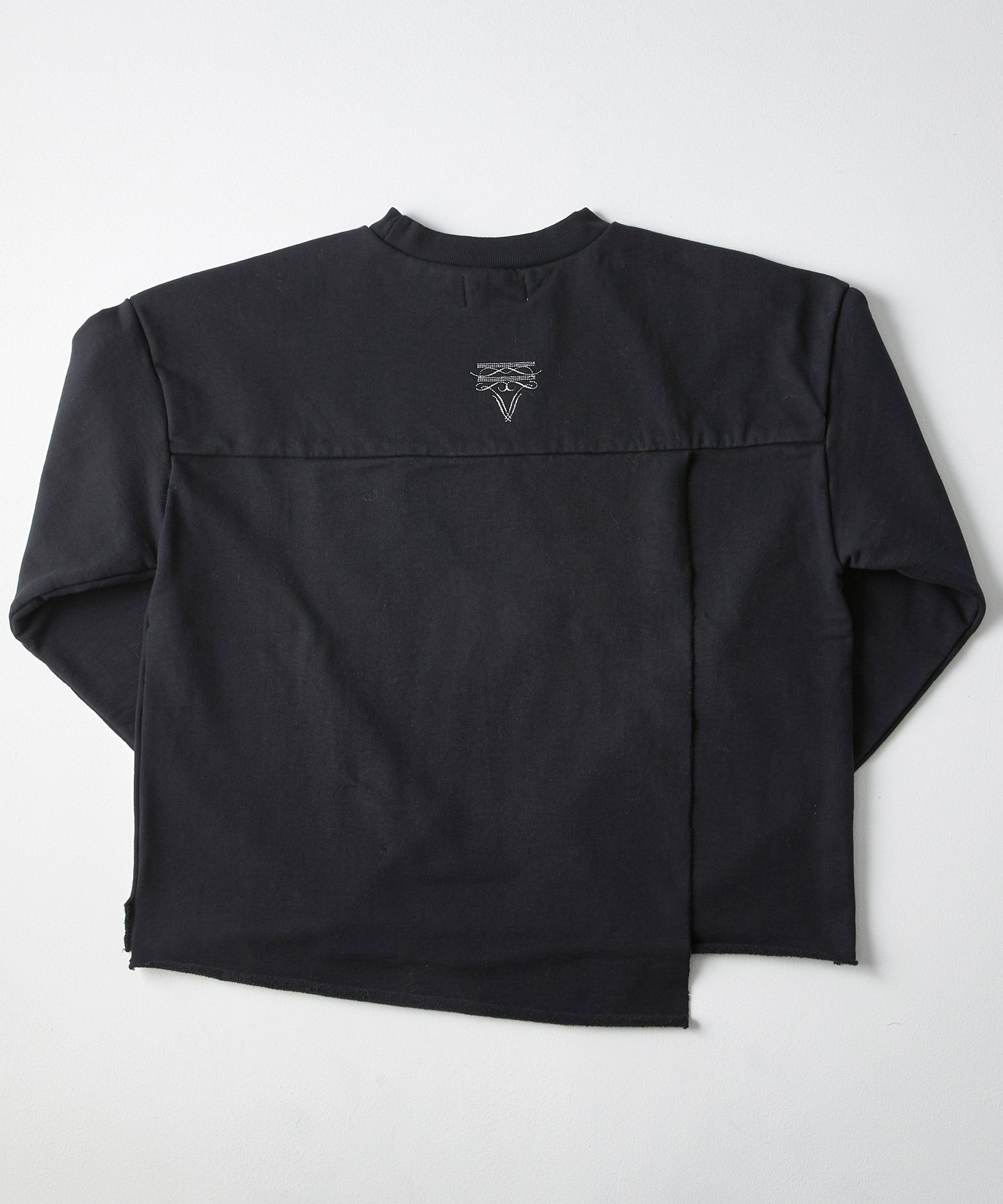 SLIT CREW SWT【BLACK】