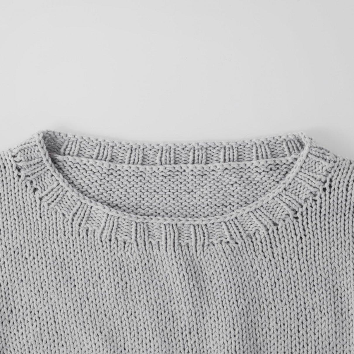 ショート丈のバイカラープルオーバー(TS-16 手編み大好き!2020SS掲載作品)