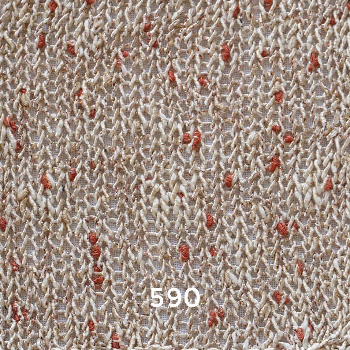 ガーター編みの小さな丸ヨークプルオーバー