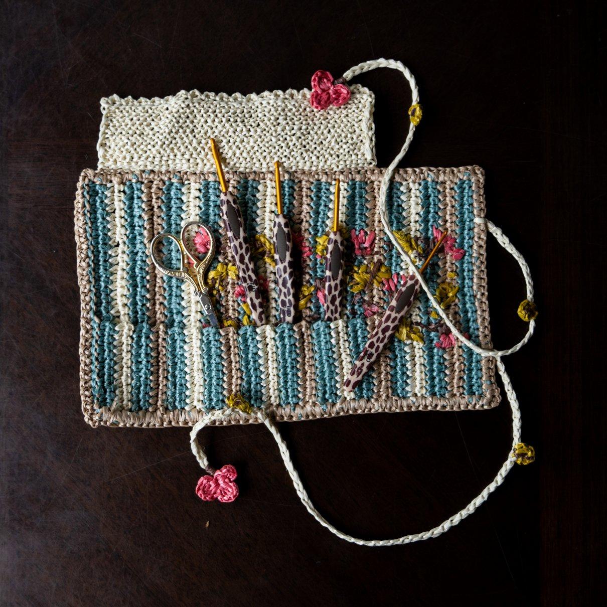 [5月1点もの]カギ針で編んだカギ針ケース