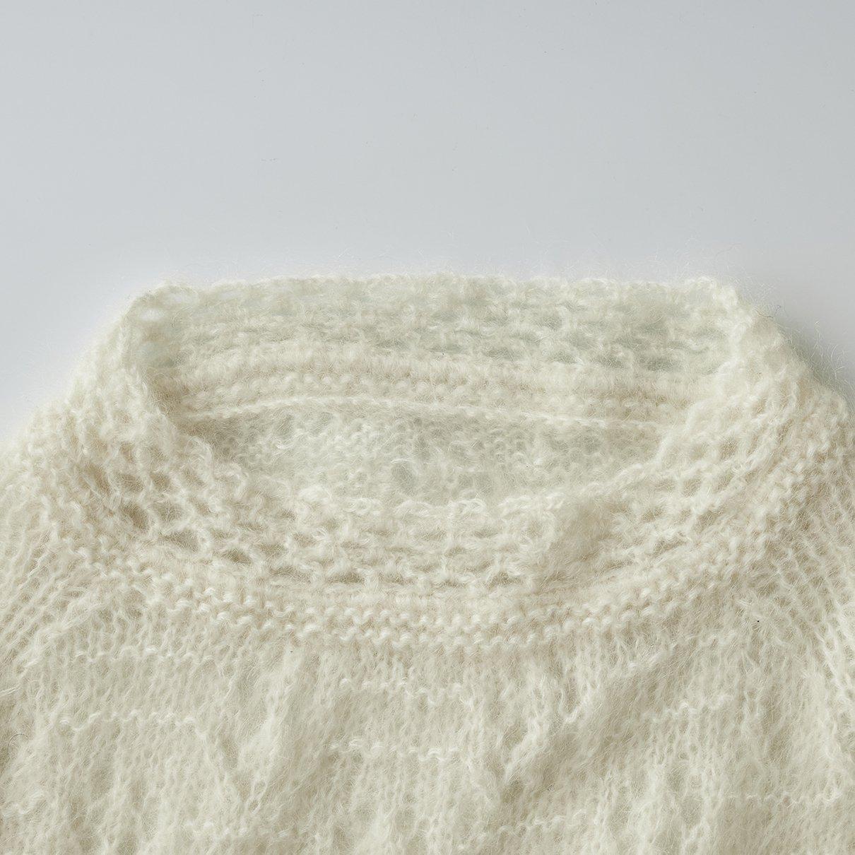 透かし編みラグランプルオーバー