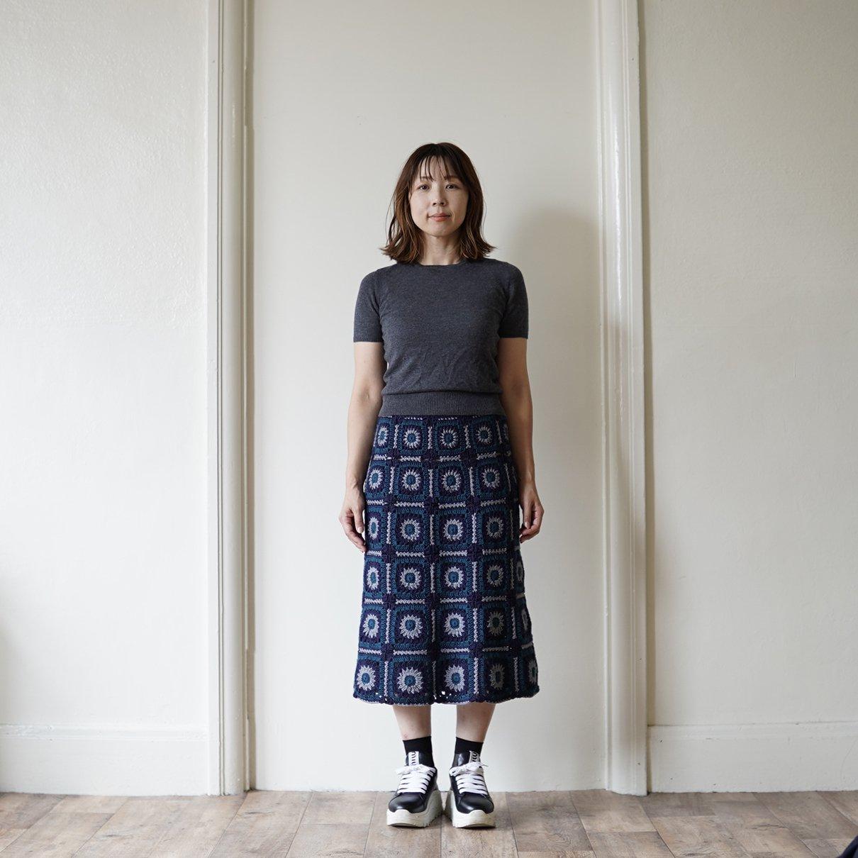 モチーフつなぎのスカート