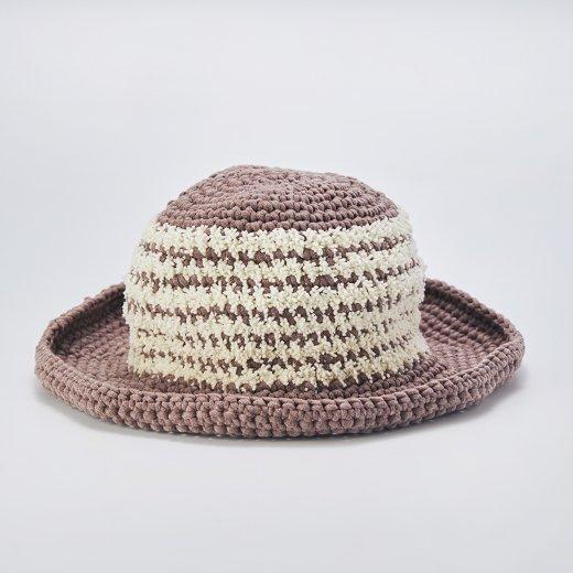 バイカラーの帽子