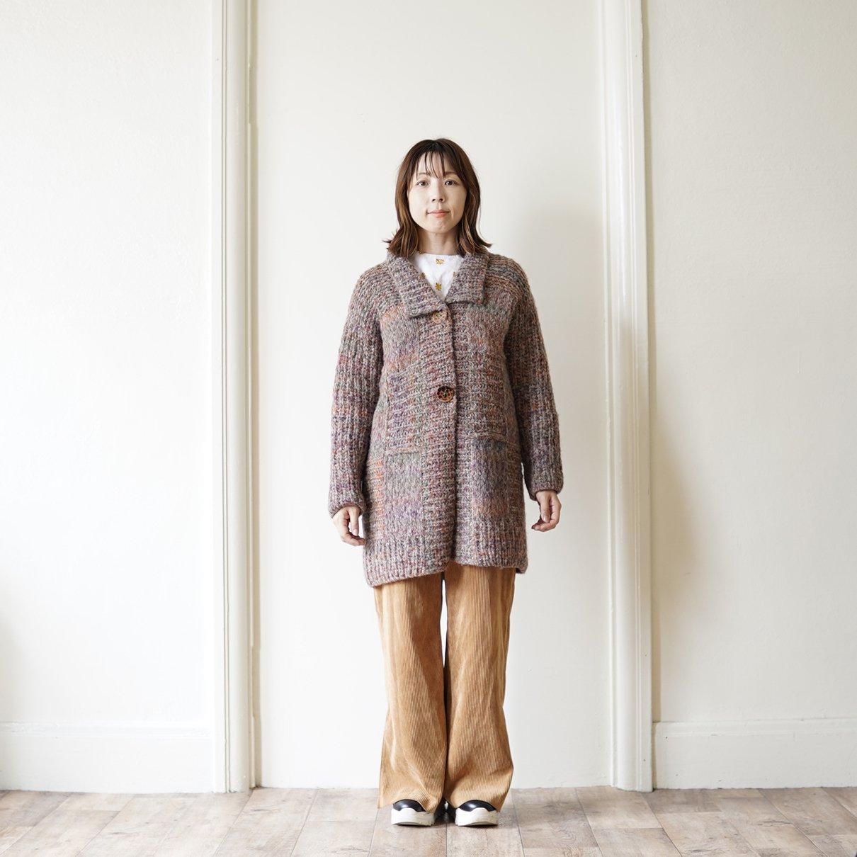 変形あじろ編みのコート