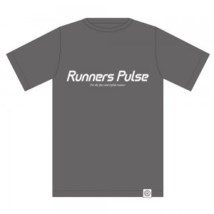 Runners Pulse Original Tee(GRAY)<img class='new_mark_img2' src='//img.shop-pro.jp/img/new/icons50.gif' style='border:none;display:inline;margin:0px;padding:0px;width:auto;' />