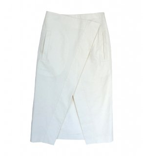 <img class='new_mark_img1' src='https://img.shop-pro.jp/img/new/icons8.gif' style='border:none;display:inline;margin:0px;padding:0px;width:auto;' />Long wrap skirt