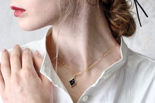 <img class='new_mark_img1' src='https://img.shop-pro.jp/img/new/icons2.gif' style='border:none;display:inline;margin:0px;padding:0px;width:auto;' />Catch the World -Necklace- BLACK