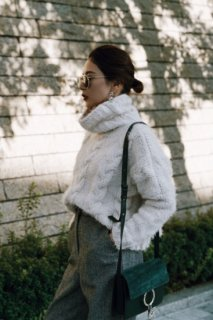 <img class='new_mark_img1' src='//img.shop-pro.jp/img/new/icons38.gif' style='border:none;display:inline;margin:0px;padding:0px;width:auto;' />Turtleneck  Knit P/O<br>[White/Gray]