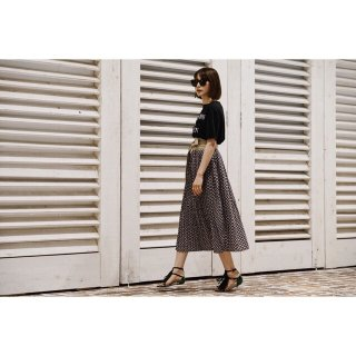 <img class='new_mark_img1' src='//img.shop-pro.jp/img/new/icons8.gif' style='border:none;display:inline;margin:0px;padding:0px;width:auto;' />Geometric Print Pleats Skirt