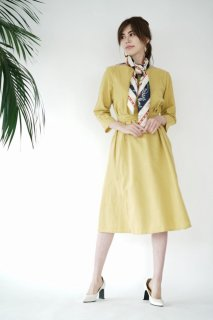 <img class='new_mark_img1' src='//img.shop-pro.jp/img/new/icons8.gif' style='border:none;display:inline;margin:0px;padding:0px;width:auto;' />Boat-neck Cotton Long One-piece<br>[YELLOW]