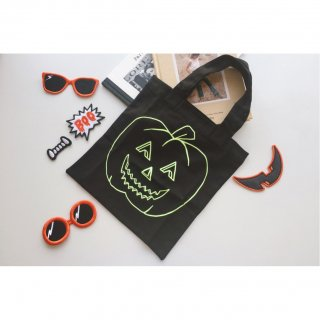 <img class='new_mark_img1' src='//img.shop-pro.jp/img/new/icons8.gif' style='border:none;display:inline;margin:0px;padding:0px;width:auto;' />Stella McCartney<br>Canvas Halloween Tote-bag