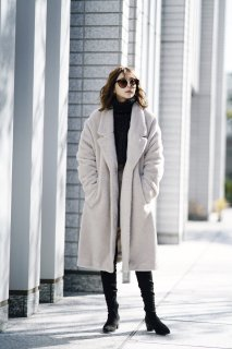 <img class='new_mark_img1' src='https://img.shop-pro.jp/img/new/icons38.gif' style='border:none;display:inline;margin:0px;padding:0px;width:auto;' />Boa Oversize Coat<br>[LightBeige]
