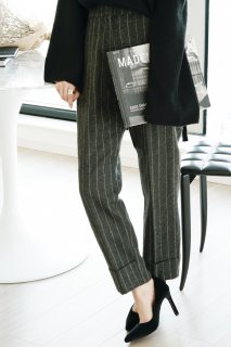 <img class='new_mark_img1' src='//img.shop-pro.jp/img/new/icons8.gif' style='border:none;display:inline;margin:0px;padding:0px;width:auto;' />Stripe Wool Pants<br>[Dark gray]