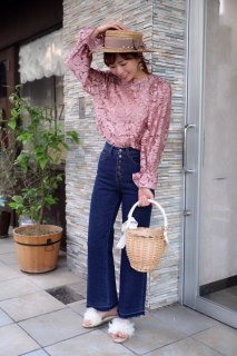 Raised Fabric Lace Blouse<br>[Pink]