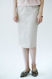 <img class='new_mark_img1' src='//img.shop-pro.jp/img/new/icons8.gif' style='border:none;display:inline;margin:0px;padding:0px;width:auto;' />Eco Leather Tight Skirt<br>[Beige]