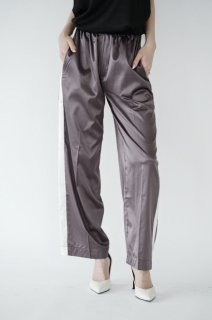 <img class='new_mark_img1' src='https://img.shop-pro.jp/img/new/icons38.gif' style='border:none;display:inline;margin:0px;padding:0px;width:auto;' />Satin Sideline Pants<br>[Brown]