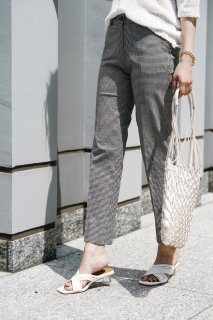 Gingham-check Straight Pants<br>[Black]