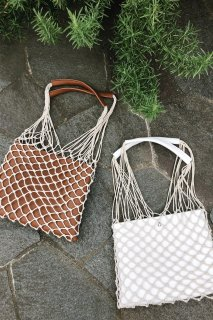 <img class='new_mark_img1' src='//img.shop-pro.jp/img/new/icons8.gif' style='border:none;display:inline;margin:0px;padding:0px;width:auto;' />Mesh Tote Bag<br>[White/Brown]