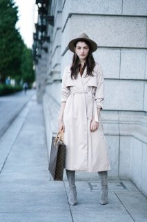 <img class='new_mark_img1' src='https://img.shop-pro.jp/img/new/icons38.gif' style='border:none;display:inline;margin:0px;padding:0px;width:auto;' />Satin Long Trench Coat<br>[Terracotta/Beige]