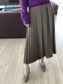 <img class='new_mark_img1' src='https://img.shop-pro.jp/img/new/icons8.gif' style='border:none;display:inline;margin:0px;padding:0px;width:auto;' />Contrast Pleats Skirt<br>[GRAIGE]