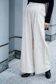<img class='new_mark_img1' src='//img.shop-pro.jp/img/new/icons8.gif' style='border:none;display:inline;margin:0px;padding:0px;width:auto;' />Corduroy Wide Pants<br>[CREAM]