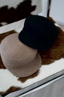 <img class='new_mark_img1' src='https://img.shop-pro.jp/img/new/icons56.gif' style='border:none;display:inline;margin:0px;padding:0px;width:auto;' />Wool Casquette<br>[BLACK/BEIGE]