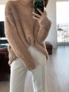 <img class='new_mark_img1' src='https://img.shop-pro.jp/img/new/icons38.gif' style='border:none;display:inline;margin:0px;padding:0px;width:auto;' />Mohair V-neck  Knit P/O<br>[BEIGE]