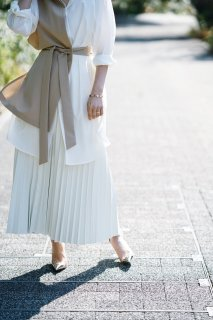 <img class='new_mark_img1' src='//img.shop-pro.jp/img/new/icons8.gif' style='border:none;display:inline;margin:0px;padding:0px;width:auto;' />Eco-leather Pleats Skirt<br>[WHITE]