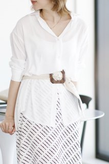 <img class='new_mark_img1' src='//img.shop-pro.jp/img/new/icons8.gif' style='border:none;display:inline;margin:0px;padding:0px;width:auto;' />Basic Shirt Blouse<br>[WHITE]
