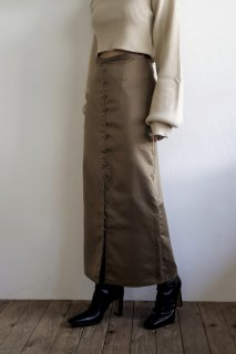 <img class='new_mark_img1' src='//img.shop-pro.jp/img/new/icons8.gif' style='border:none;display:inline;margin:0px;padding:0px;width:auto;' />Frontbutton Satin Skirt<br>[KHAKI/S,M]