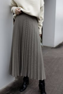 <img class='new_mark_img1' src='https://img.shop-pro.jp/img/new/icons8.gif' style='border:none;display:inline;margin:0px;padding:0px;width:auto;' />Houndstooth Pleated Skirt<br>[GREY]